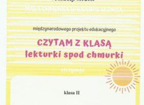 """MiędzynarodowyInnowacyjny Projekt Edukacyjny """"CZYTAM Z KLASĄ – lekturki spod chmurki""""."""